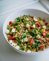 Bønnesalat – med kikærter, feta og persille