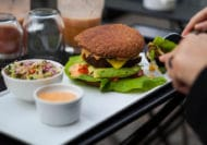 vegansk mad ud af huset