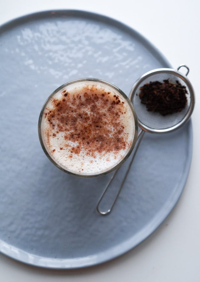 Hjemmelavet chai-latte