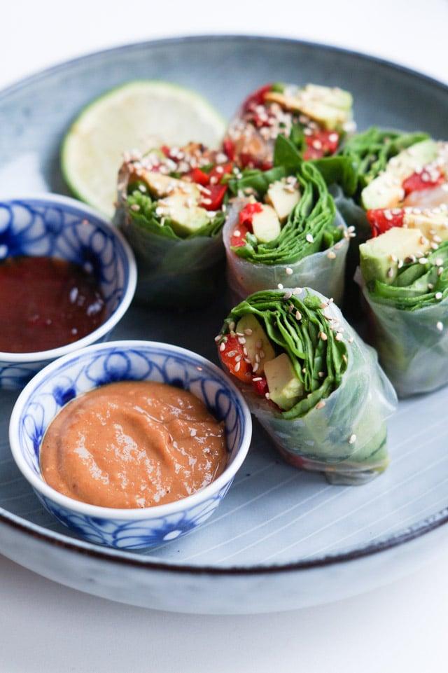 Friske vietnamesiske forårsruller - rispapirsruller (vegetariske med grønt)