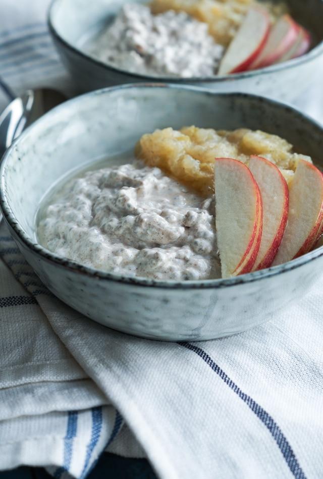 chiagrød med kanel