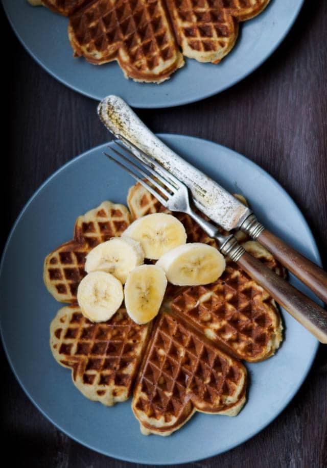 Sunde morgen vafler - vafler med banan