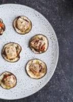 Bagte aubergine-snacks med parmesan