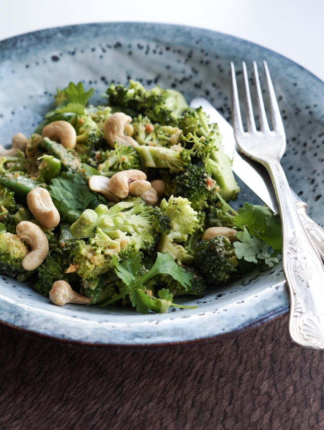 broccoli-peanut-salat