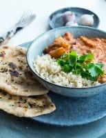 Vegetarisk indisk curry – med kartofler og kokosmælk