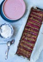 Rabarberkage med ingefærsirup