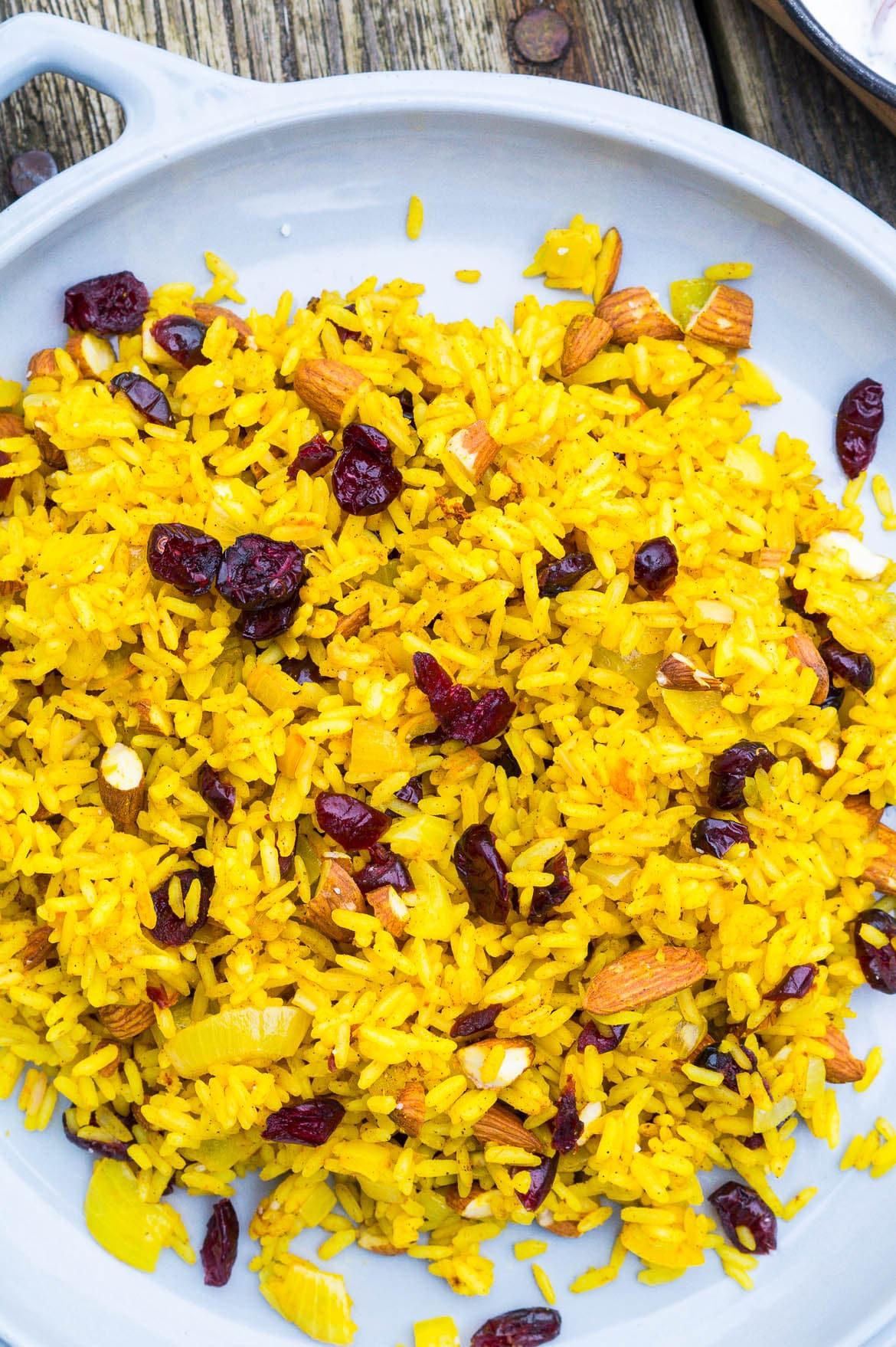 ris med gurkemeje