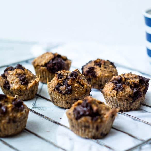Rugbrødsmuffins - små rugbrød med chokoladestykker