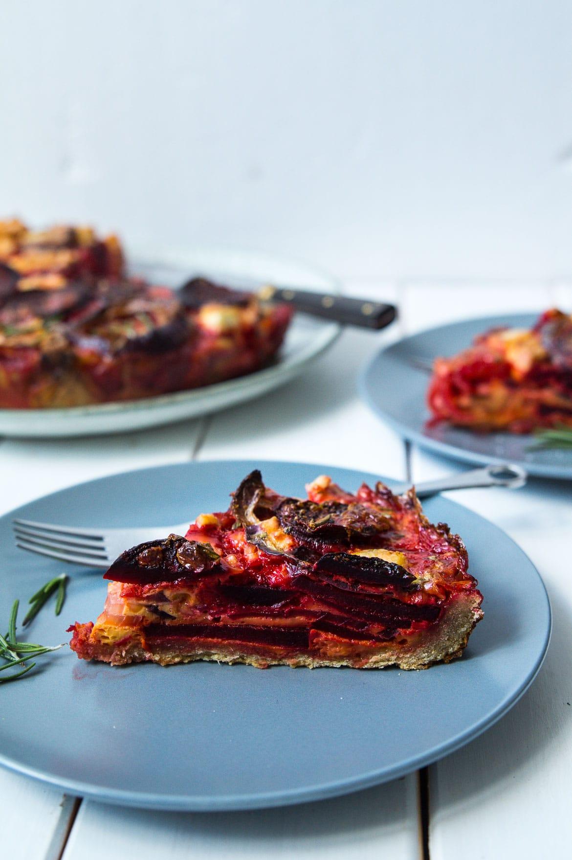 Rødbedetærte med feta