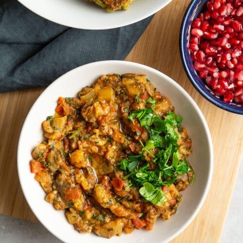 Marrokansk dip med tomater og aubergine - Zaalouk