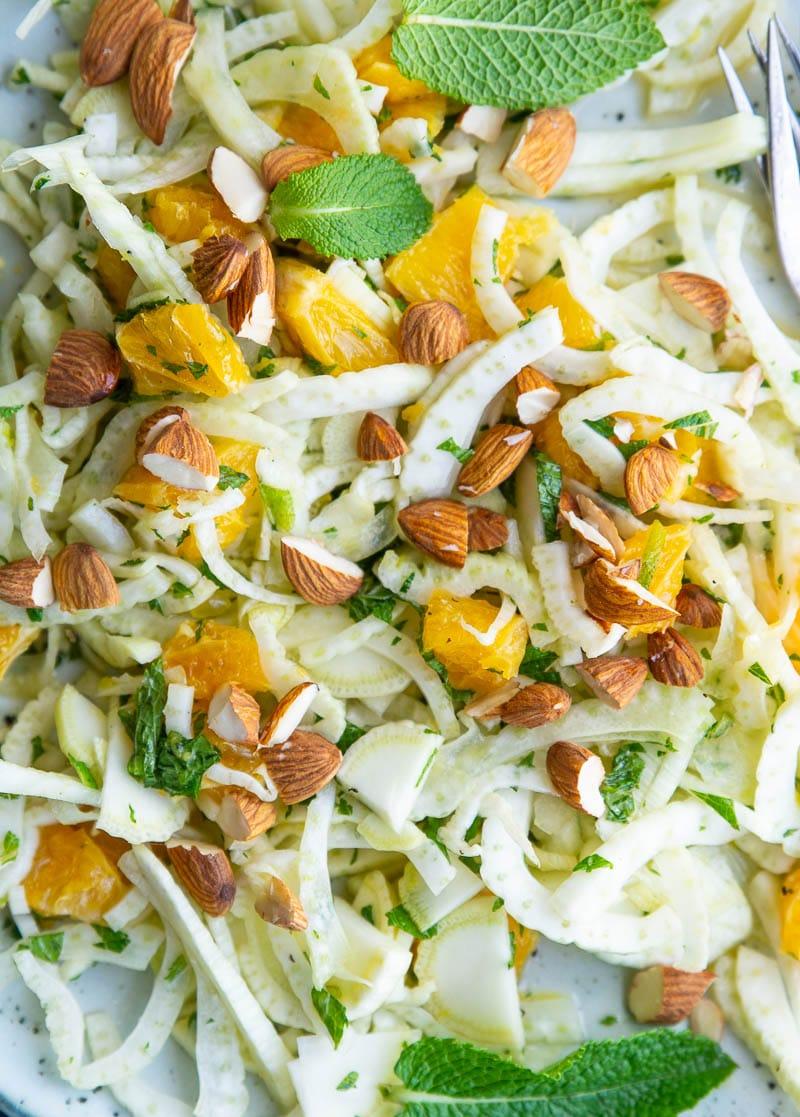 Sommersalat med fennikel, mynte og appelsin