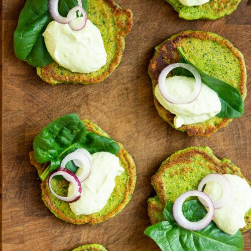 Kikærteblinis med guacamole