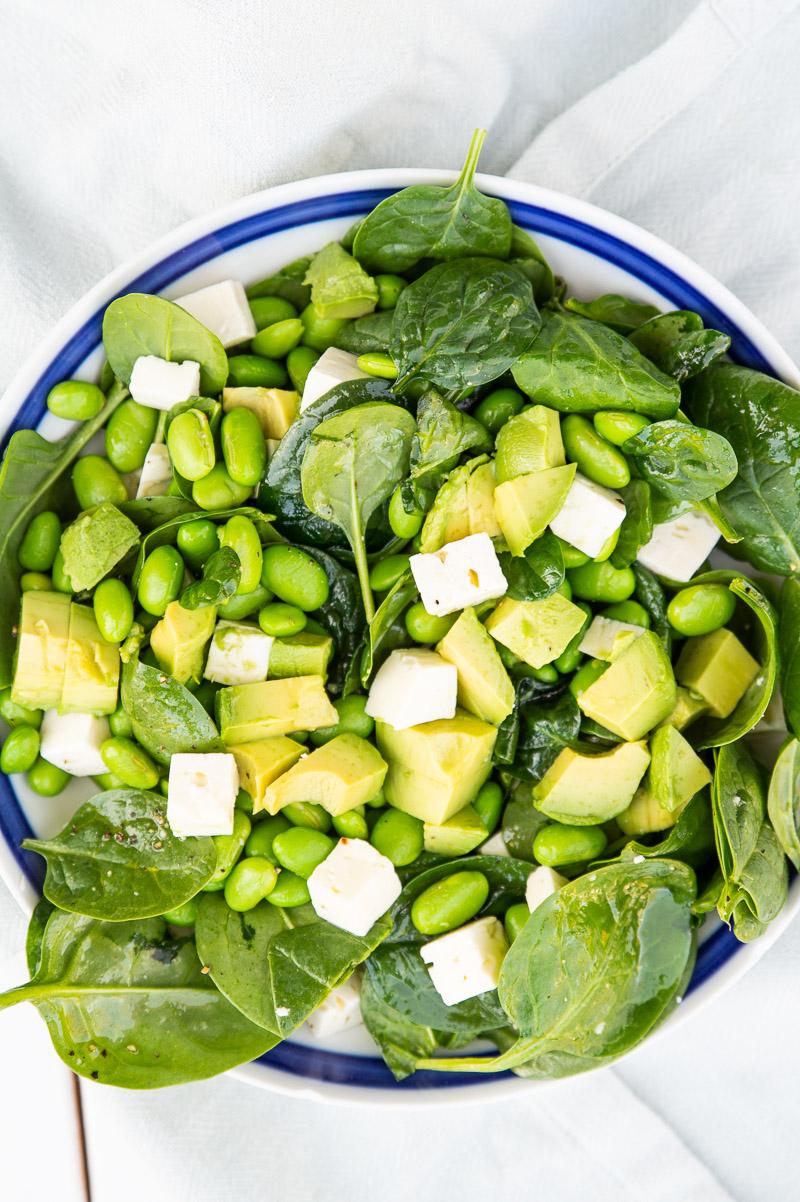 Spinatsalat med avocado