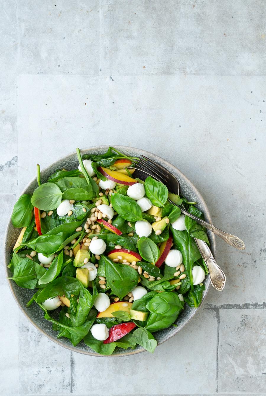 Salat med mozzarella