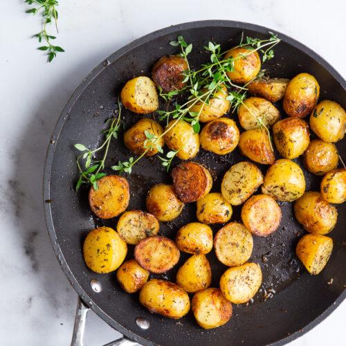 Stegte kartofler med timian